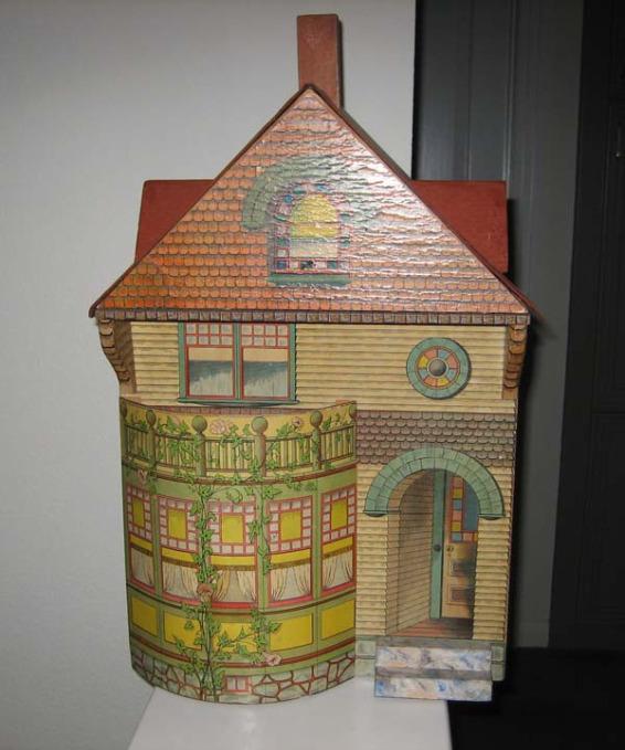 Bliss Dollhouse Wallpaper: Antique Doll Houses [Slideshow]