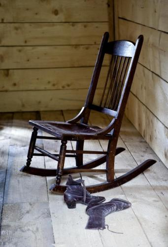 Mahogany Sewing Rocker / Nursing Rocking Chair For Sale | Antiques