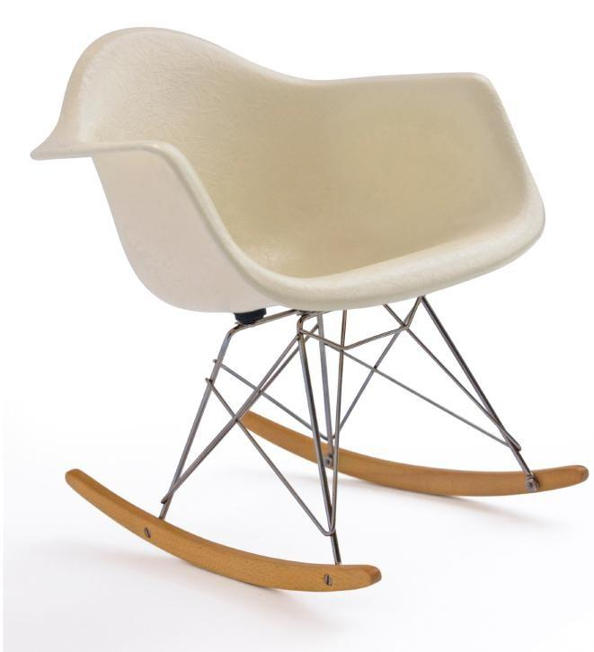 Identifying old rocking chairs slideshow for Schaukelstuhl eames