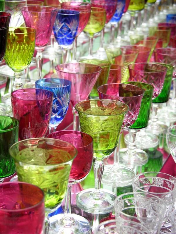 Identify Antique Glassware [Slideshow]