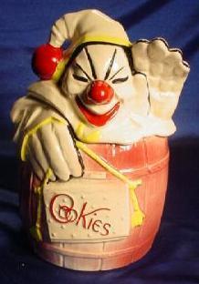 Mccoy clown in a pink barrel
