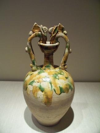 Twin dragon sancai vase