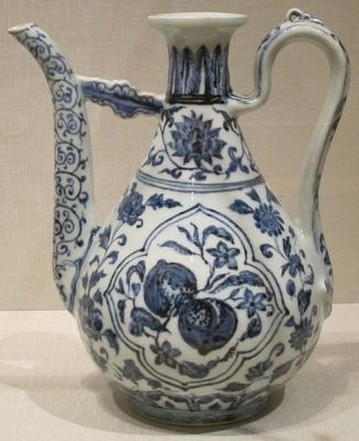 Chinese wine ewer Ming Dynasty