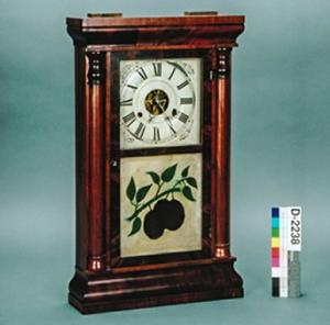 Ogee mantle clock