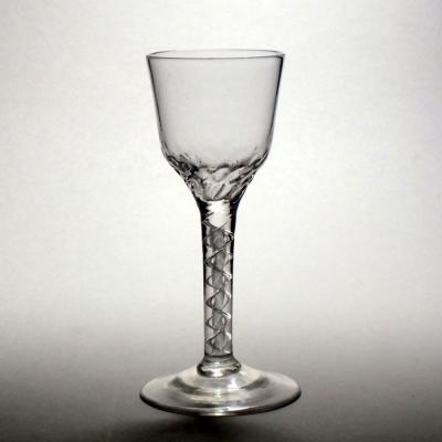 Air Twist Wine Glass