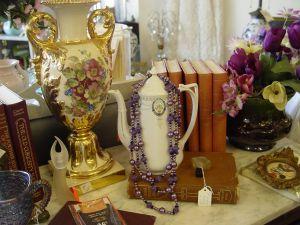 Antiques to Treasure
