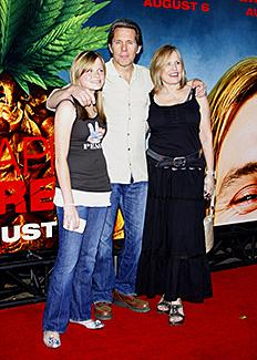 Family photo of the actor, married to Teddi Siddall, famous for A Simple Plan & Kiss the Sky.