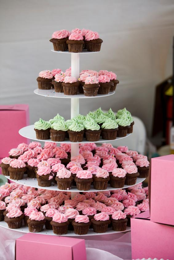 simple and easy baby shower cupcake ideas