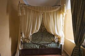 Canopy Bed Top canopy bed linens