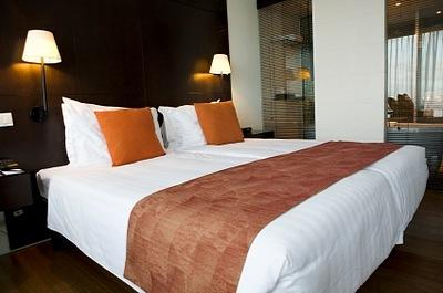 luxury hotel bed linens