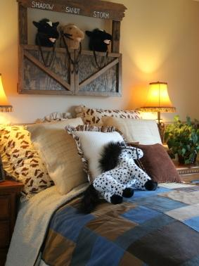 Western bedding for Cowboy themed bedroom ideas