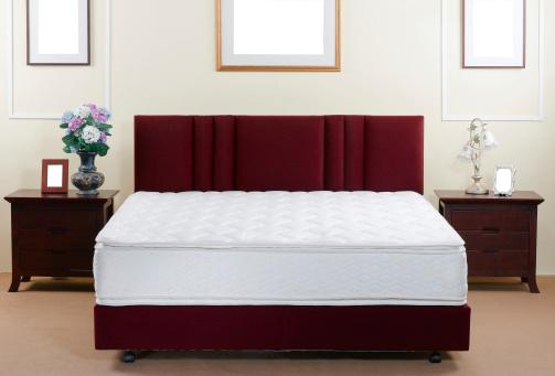 Mattress and bed