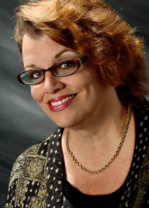 Evelyn Salvador