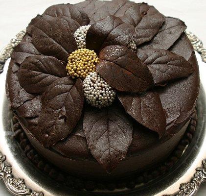 Round Chocolate Cake Decorating Ideas : Fall Cake Designs [Slideshow]