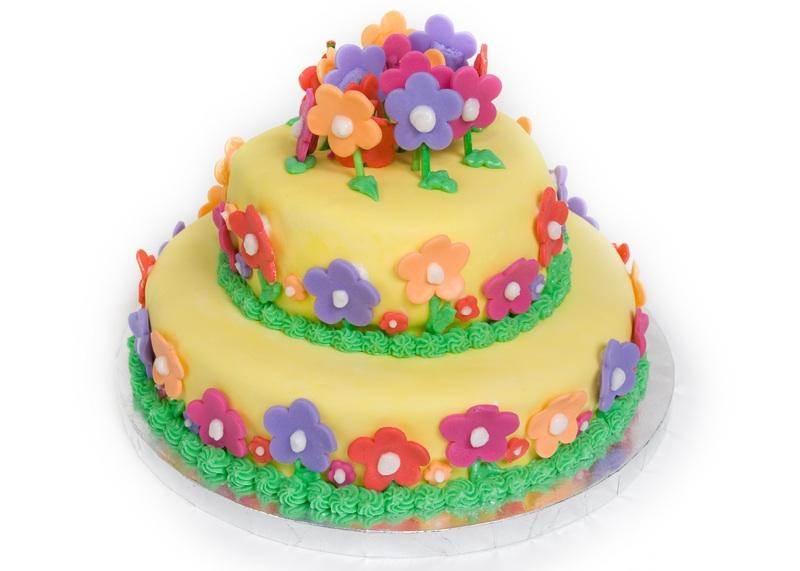 Decorate Cake With Fondant Flowers : Fondant Birthday Cakes [Slideshow]