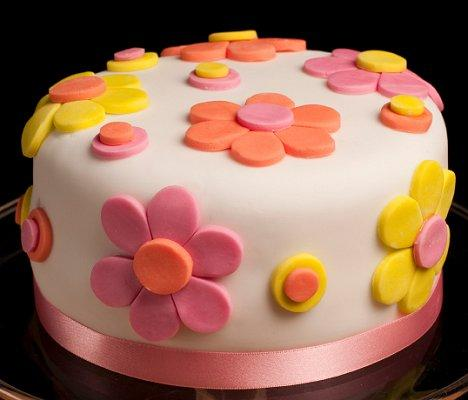 Simple Cake Designs With Icing Easy spring fondant flower