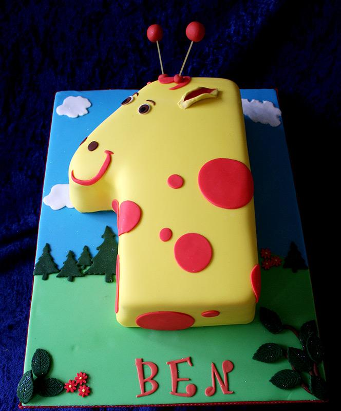 Giraffe cake designs slideshow
