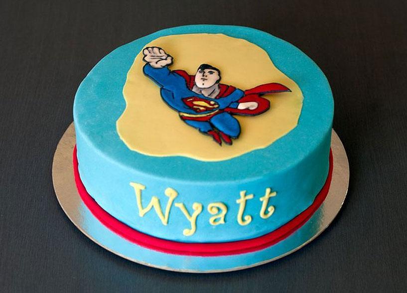 Tips on Professional Cake Decorating [Slideshow]