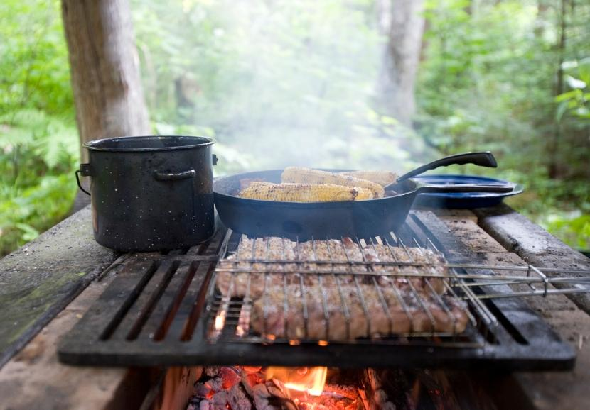 Brilliant Campfire Cooking Equipment Open Fire 830 x 578 · 64 kB · jpeg