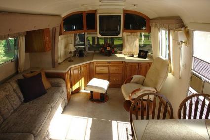 Airstream Trailer Floor Plan Pictures Lovetoknow