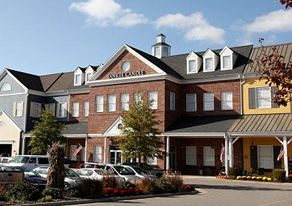 Yankee Candle Williamsburg VA locations, hours, phone number, map and driving directions.
