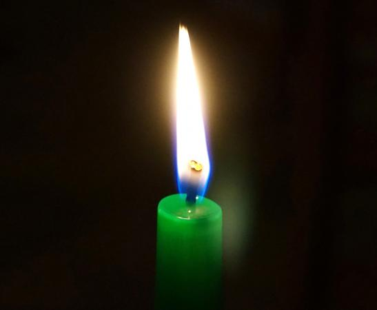 green candle for good luck