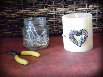 Pin beads to candle