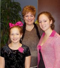 Alisa and daughters; Image used with permission from Alisa Coffey.