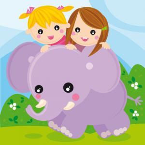 Pet elephant; © Agau | Dreamstime.com