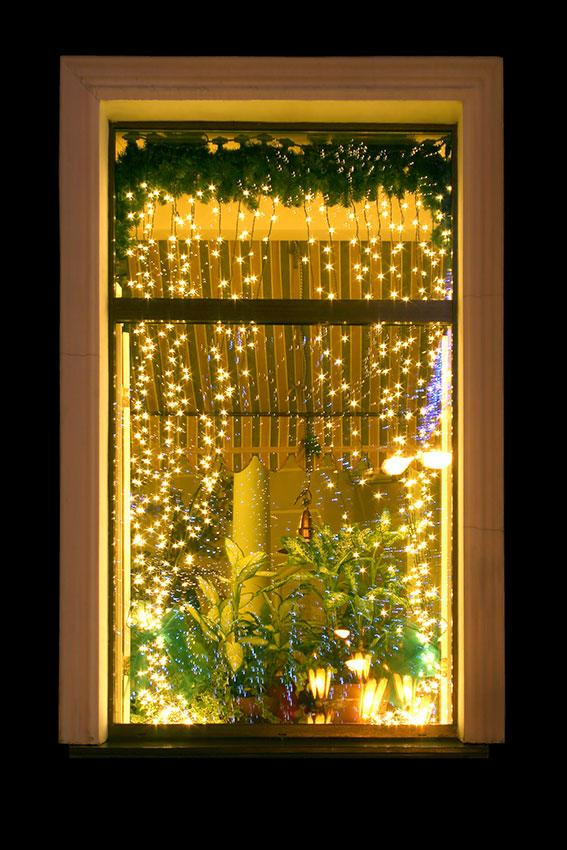 Christmas window decoration ideas slideshow
