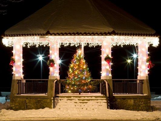 Christmas lawn decoration pictures slideshow