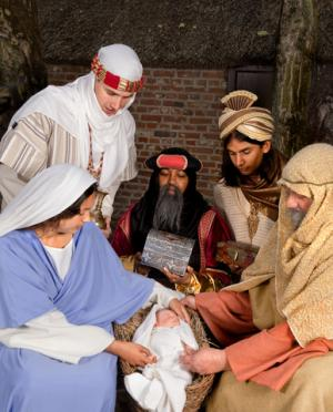 Away in a Manger; © Photowitch | Dreamstime.com