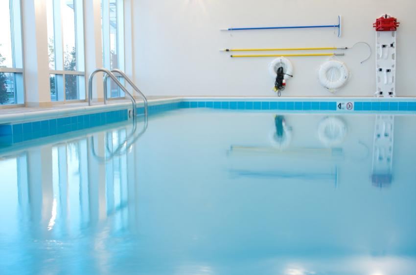 Cleaning supplies swimming pool cleaning supplies for Swimming pool cleaning products