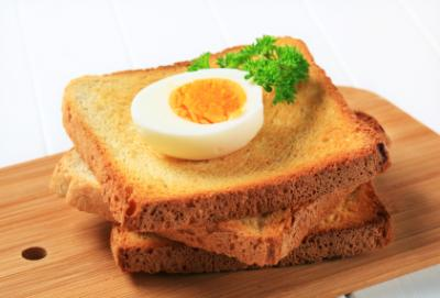 hard-boiled egg on toast