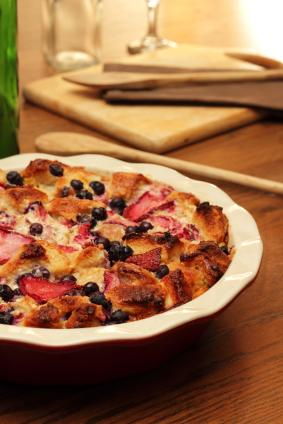 berry bread pudding