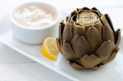 Steamed Artichoke with dip