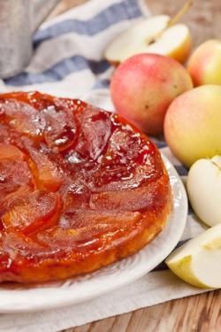 Apple tarte tatin; © Maxim Shebeko | Dreamstime.com