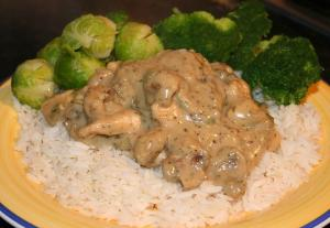 Creamy Baked Chicken with Mushroom Gravy and Rice