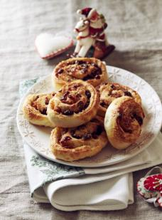 cranberry and turkey pinwheels