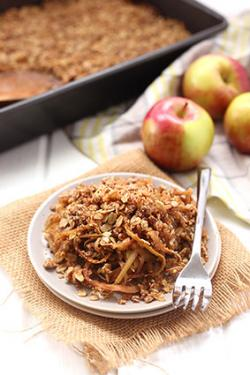 Spiralized apple crumble