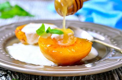 oven grilled peaches with honey