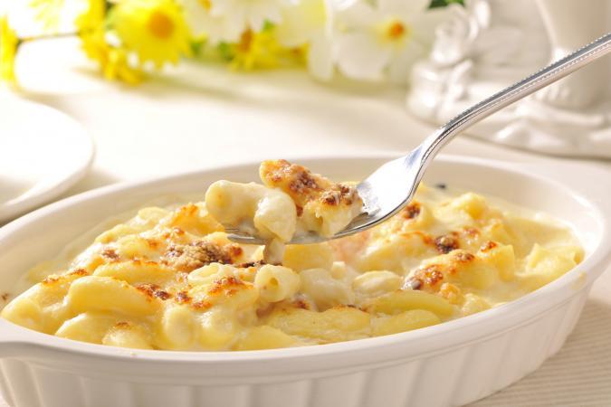 macaroni in sauce