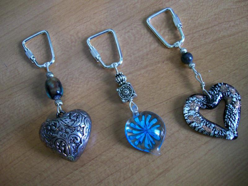 How to make key chains with beads slideshow