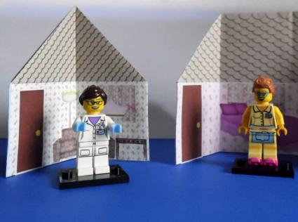 paper dollhouses