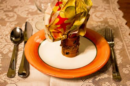 punched cardboard napkin rings