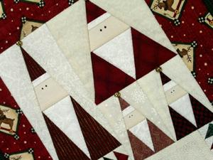 Quilting Patterns Xmas Free : Christmas Quilt Patterns on Pinterest Christmas Tree Quilt, Snowman Quilt and Christmas Table ...