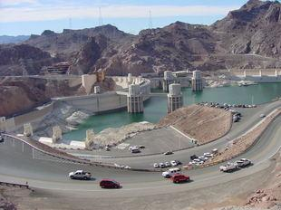 A Lake Mead dinner cruise provides superb views of Hoover Dam.