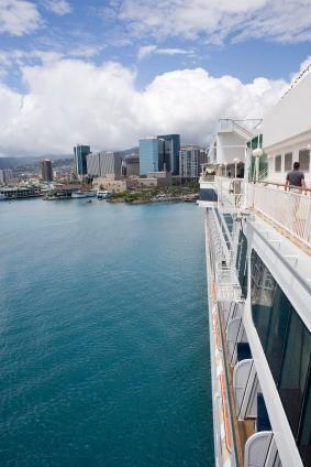 Cruise ship near Honolulu