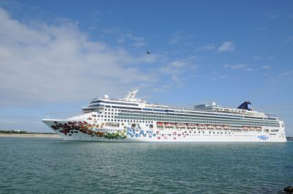 NCL Norwegian Gem Cruise Ship