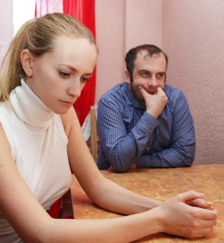 10 signs of a cheating spouse   lovetoknow